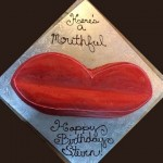 Red-lip-smacking-smile-custom-cake