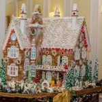 New-Hampshire-Custom-gingerbread-bi-level-Santa-summer-home
