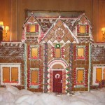 Rhode-Island-Giant-Gingerbread-mansion